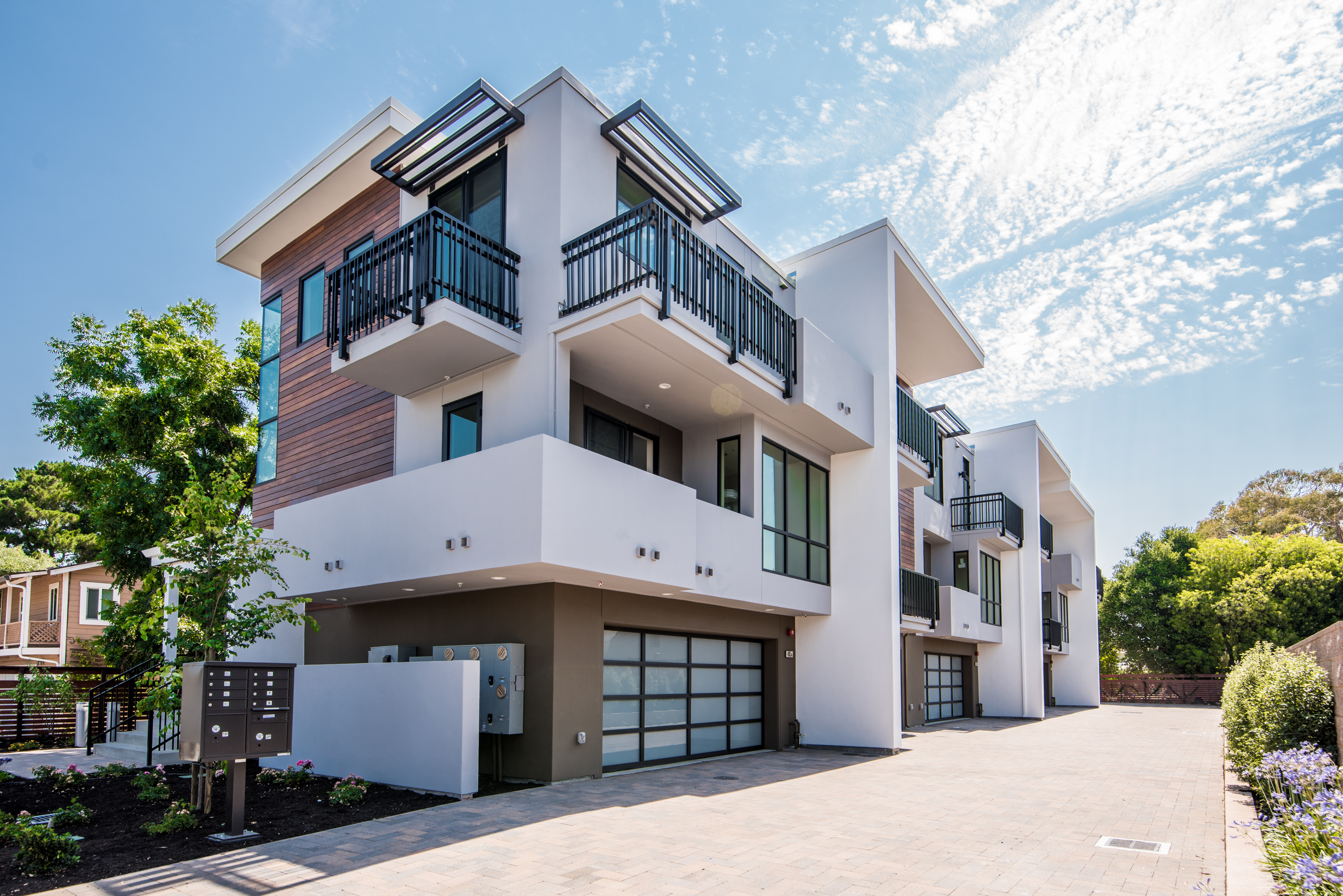 Lp construction commercial and residential construction for Townhouse construction cost